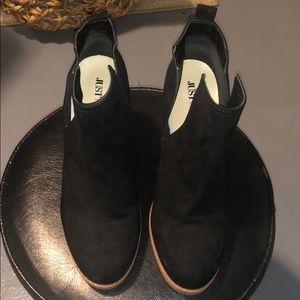 Women's Black Low Cut Boot